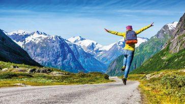 Wandern Freiwillig zu Fuss mit den besten Wandertouren in Österreich.jpg