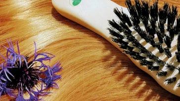 Neun natürliche Tipps für glänzendes Haar